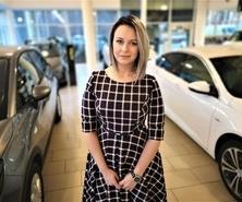 Kontakt do Dyrektor sprzedaży Monika Pieter