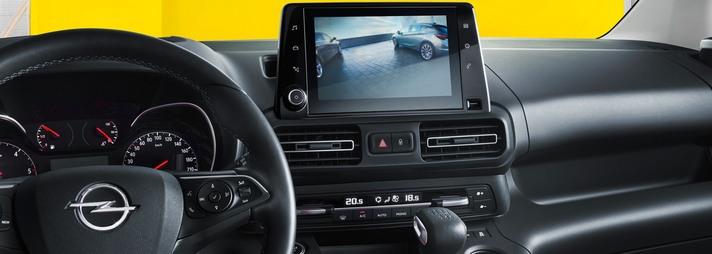 Combo Cargo. Kamera cofania. Opel AutoŻoliborz.