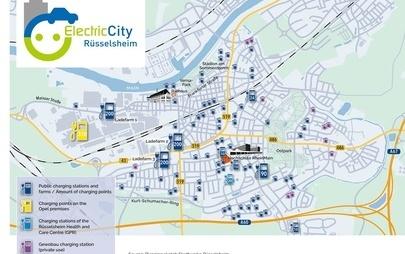 """Rodzinne miasto Opla ma stać się """"miastem elektrycznym"""": w Rüsselsheim powstanie najgęstsza sieć stacji ładowania w Unii Europejskiej"""