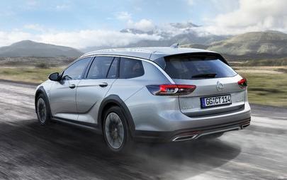 Flagowy Opel w wydaniu terenowym: Nowa Insignia Country Tourer