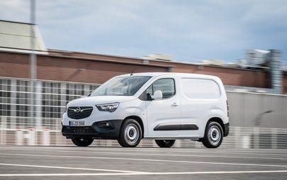 Pożegnanie z martwym polem: Opel Combo Cargo z nowym systemem kamer