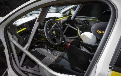 Opel prezentuje nową Corsę e Rally podczas finału Rajdowych Mistrzostw Niemiec