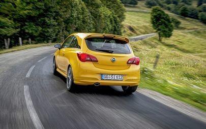 """Opel is on Track!, czyli """"wszystko zgodnie z planem"""" — filmowe podsumowanie roku 2018"""