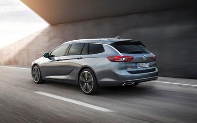 Przestronny, usportowiony Nowy Opel Insignia Sports Tourer