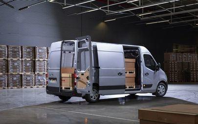 Nowy Opel Movano: wysoki poziom bezpieczeństwa i funkcjonalności oraz kompleksowa łączność